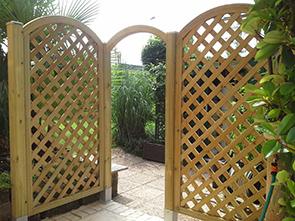 Best arredo giardino brescia pictures for Grigliati in legno ikea