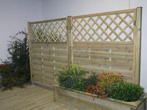 Arredo giardino grigliati fioriere e accessori per il for Obi pannelli legno