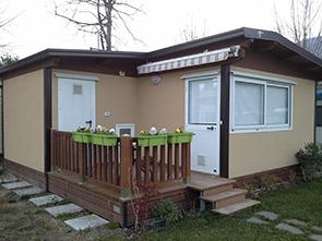 Case Mobili Su Ruote : Case mobili brescia case mobili in legno da campeggio o