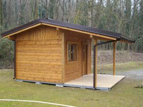 Casetta giardino coibentata idee per il design della casa for Casette di legno da giardino usate