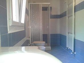 case prefabbricate bagno e arredamento completo