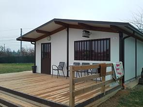 Realizzazione prefabbricati e bungalow edil garden for Pannelli in legno lamellare prezzi
