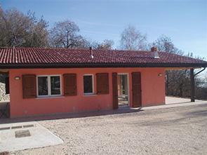 Realizzazione prefabbricati e bungalow edil garden for Case prefabbricate 100 mq