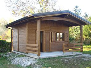 Realizzazione prefabbricati e bungalow edil garden for Prefabbricati in legno abitabili prezzi