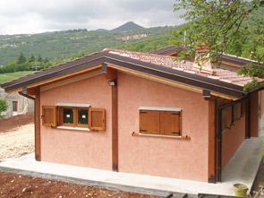 Realizzazione prefabbricati e bungalow edil garden for Offerte case in legno abitabili
